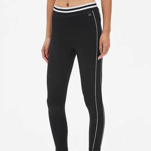 2123c733ede937 GAP Pants | Fit Colorblock 78 Leggings In Eclipse S Black | Poshmark